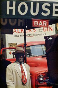 Saul Leiter, Harlem, 1960 © Saul Leiter Foundation