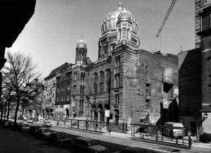 Wiederaufbau der Neuen Synagoge an der Oranienburgerstraße in Berlin, um 1988 © Landesarchiv Berlin